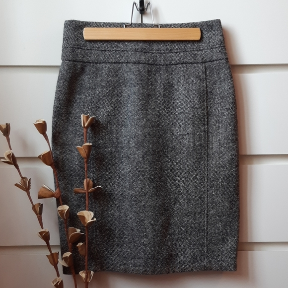 CLUB MONACO Wool Tweed Pencil Skirt